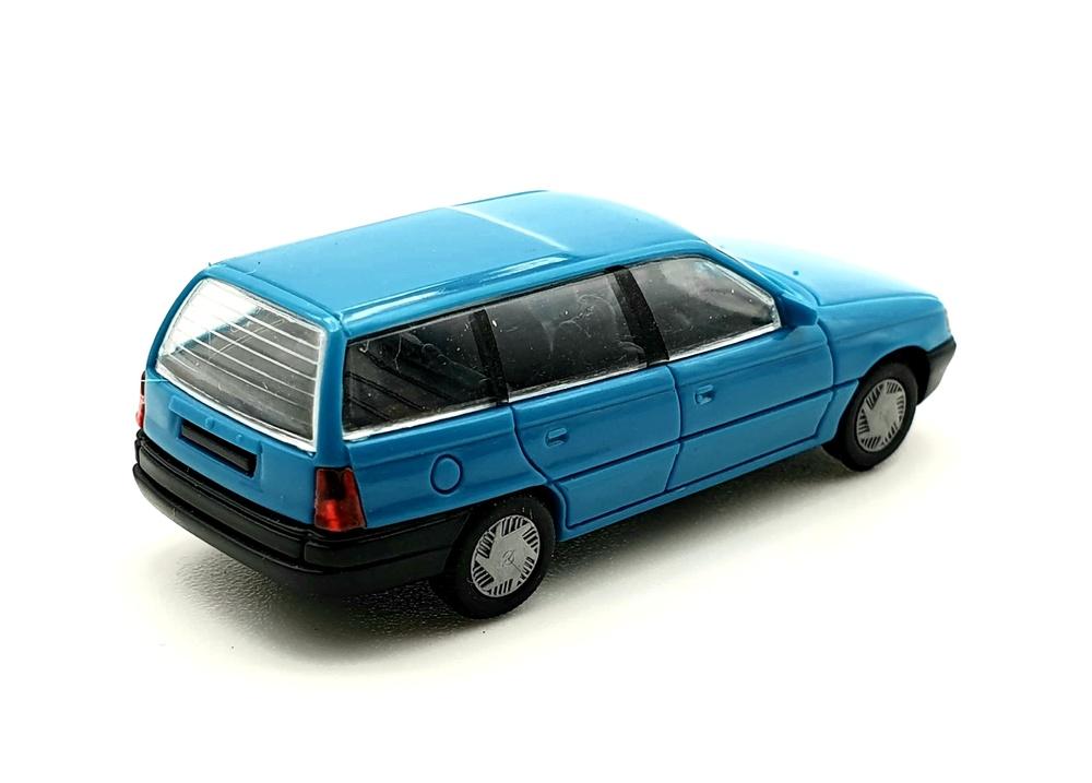 Opel Astra Caravan (1991) Rietze 10480 1/87