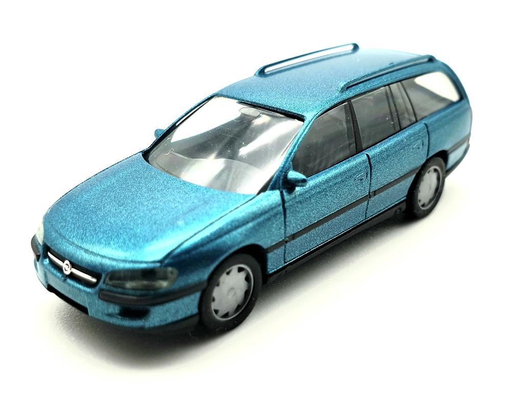 Opel Omega Familiar (1994) Herpa 031530 1/87