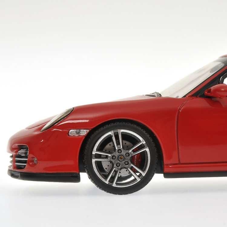 Porsche 911 -997 II- (2010) Minichamps 400069000 1/43