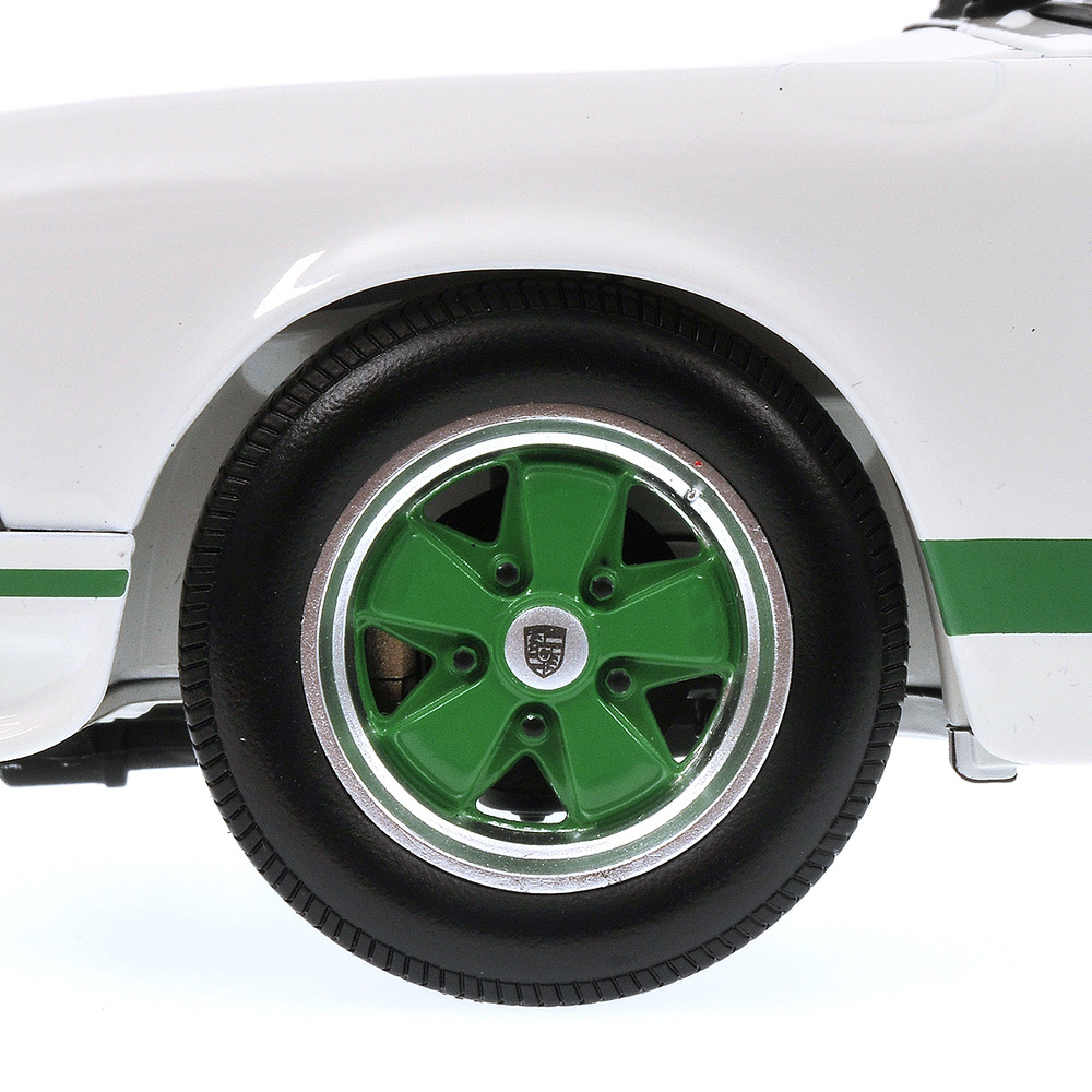 Porsche 911 Carrera RS (1972) Minichamps 100066020 1/18