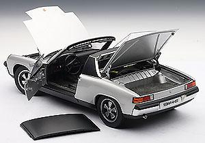 Porsche 914/6 (1970) Autoart 77931 1/18