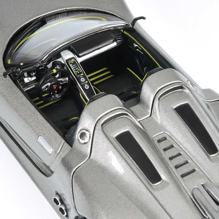 Porsche 918 Spyder (2010) Minichamps 410060030 1/43