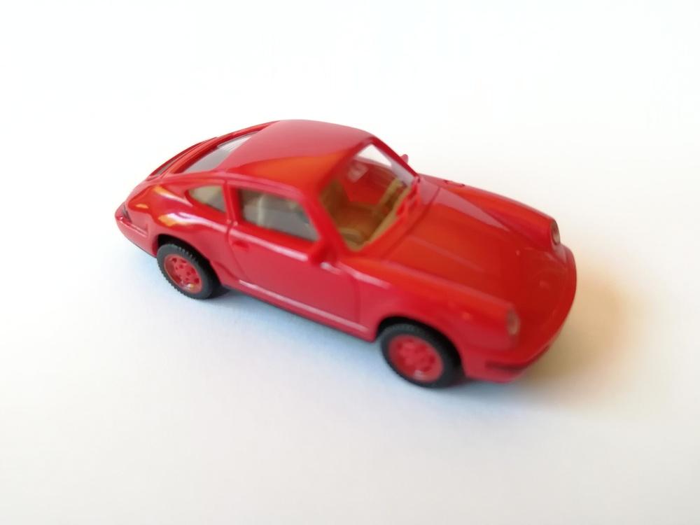Porsche Carrera 4 Wiking 1640418 1/87