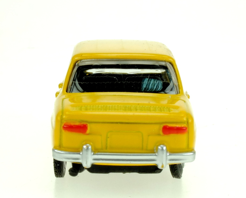 Renault 8 Gordini (1973) Norev 311644 1/64 (155)