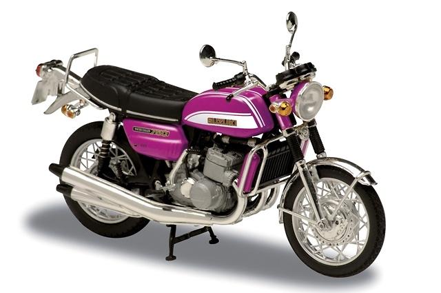 Suzuki 750GT (1973) Solido 84043 1/18