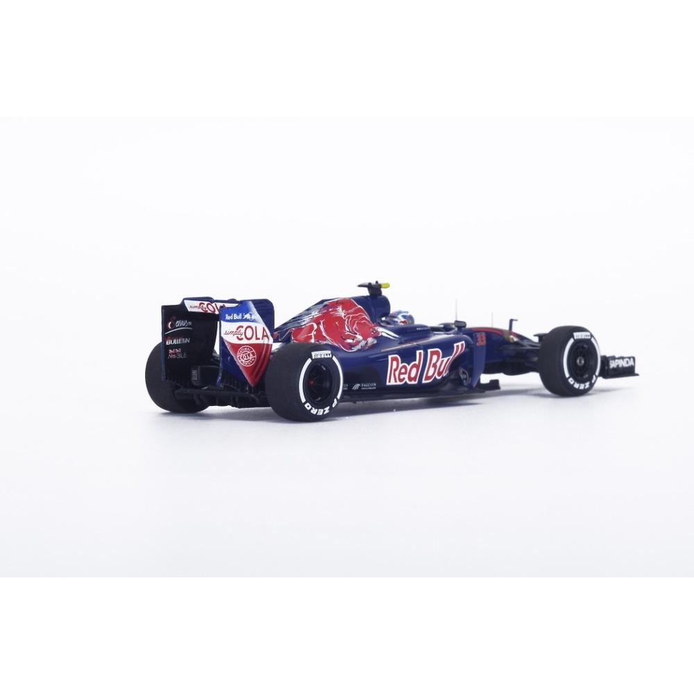 Toro Rosso STR11 n°33 Max Verstappen (2016) Spark S5009 1:43