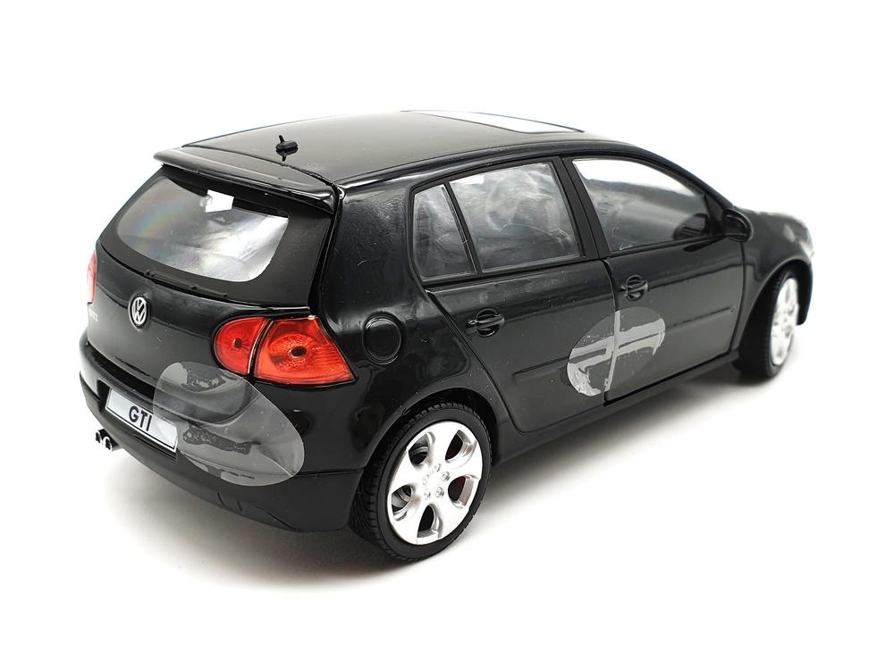 Volkswagen Golf GTi serie 5 (2003) Cararama 125077 1/24