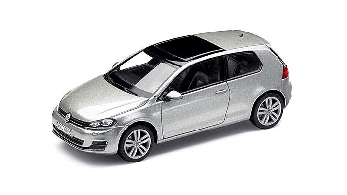 Volkswagen Golf VII 2 ptas. (2012) Herpa 5G3099300B7W 1/43