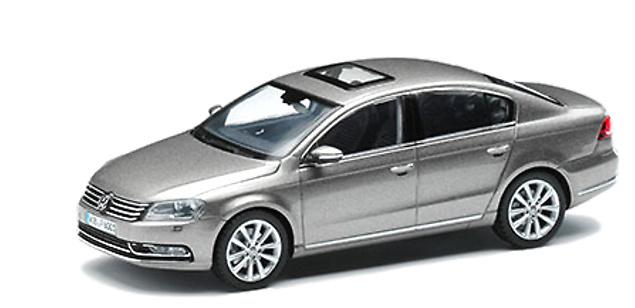Volkswagen Passat B6 (2011) Herpa AE099300A8X 1/43