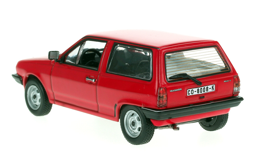 Volkswagen Polo Serie II (1981) White Box 151697 1/43