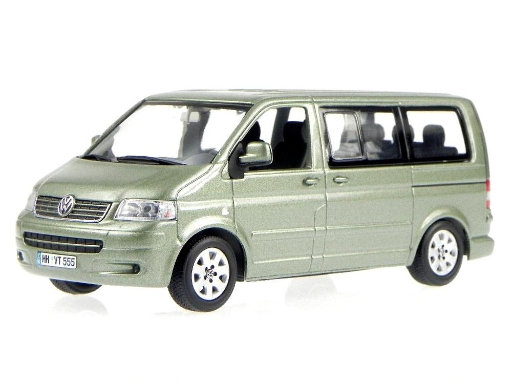 Volkswagen T5 Multivan (2003) Minichamps 842902111 1:43