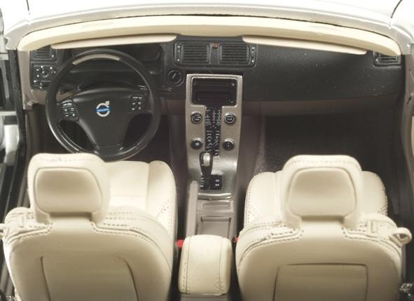 Volvo C70 Cabriolet (2006) Motorart VFL1252 1/18