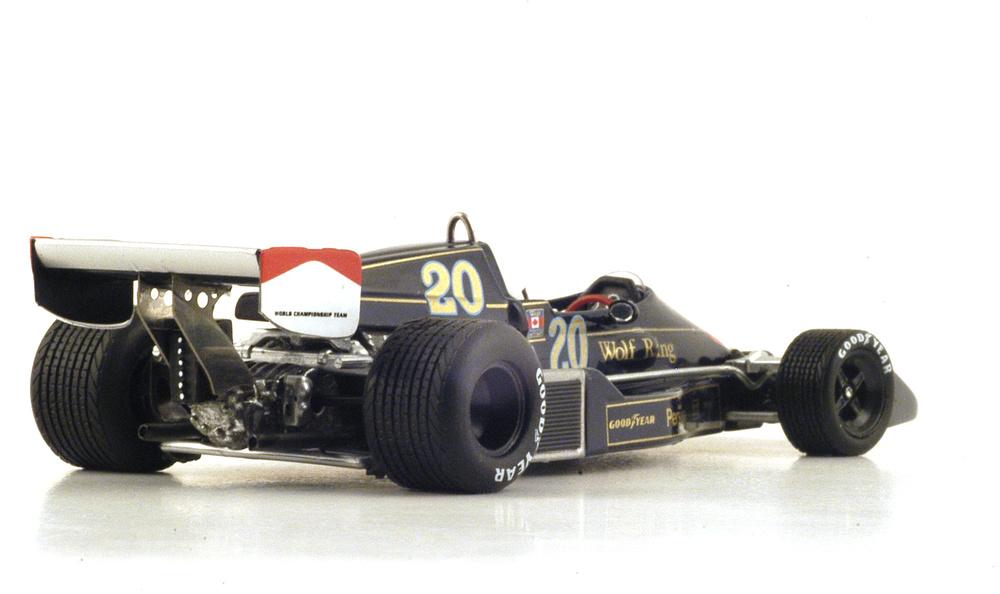 Williams FW05