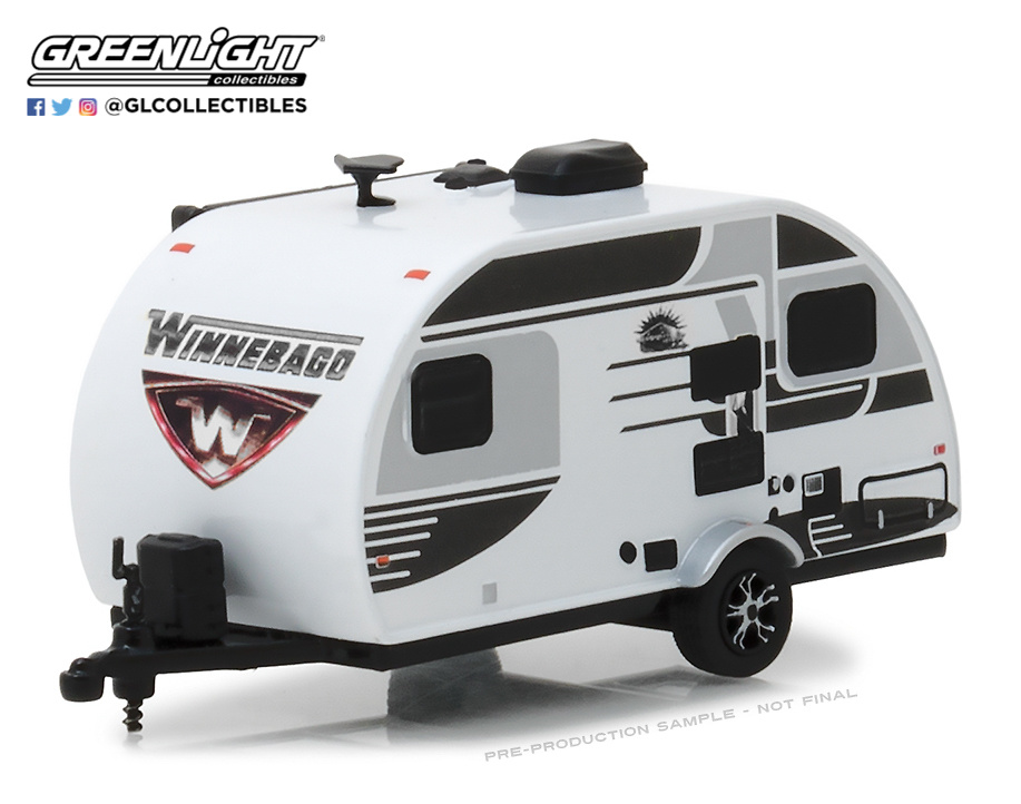 Winnebago Winnie Drop (2016) Greenlight 34050E 1/64