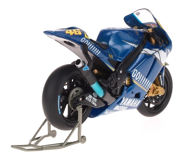 Yamaha YZR M1 nº 46 Valentino Rossi (2005) Guiloy 12634 1/18