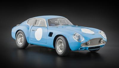 """Aston Martin DB4 GT Zagato """"Versión Carrera"""" (1961) CMC 1/18"""