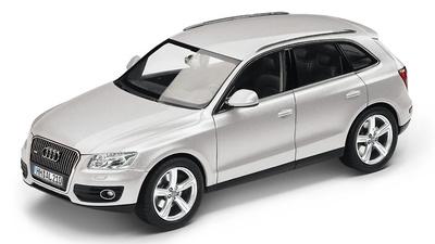 Audi Q5 (2013) Schuco 1:43