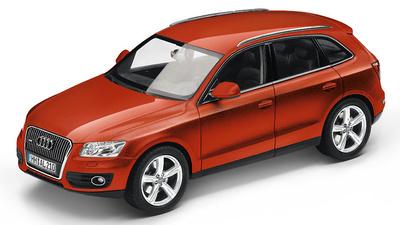 Audi Q5 (2013) Schuco 450756001 1:43