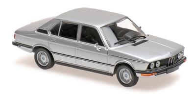 BMW 520 -E12- (1972) Maxichamps 1/43