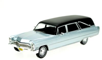Cadillac Fúnebre (1966) White Box 1:43