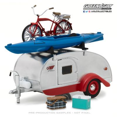 Caravana Teardrop con baca y accesorios (2019) Greenlight 1/24
