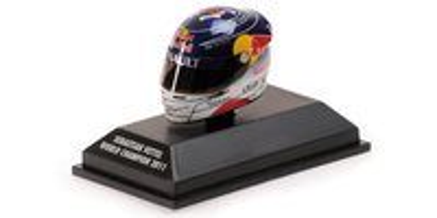 "Casco Arai ""GP. Japón"" Sebastian Vettel (2011) Minichamps 1:8"