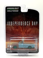 "Chevrolet C-10 (1971) ""Independence Day"" (1996) Greenlight 1/64"