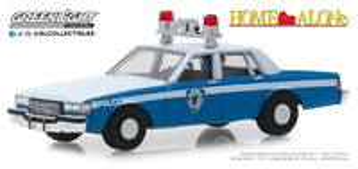 "Chevrolet Caprice ""Sólo en casa"" (1986) Greenlight 1/64"
