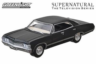 """Chevrolet Impala Sedan """"Supernatural"""" (1967) Greenlight 1/64"""