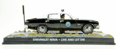 """Chevrolet Nova - Policia de Sta. Mónica (1965) James Bond """"Live and let bie"""" Fabbri 1/43 Entrega 43"""