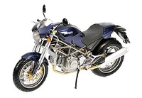 Ducati Monster 620-750-900 (2002) Minichamps 1/12