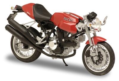 Ducati Sport 1000 (2005) Solido 1/18