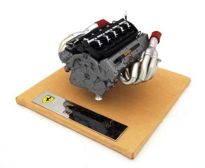 """Ferrari F1-2000 Motor """"049"""" del monoplaza Amalgam 1/8"""