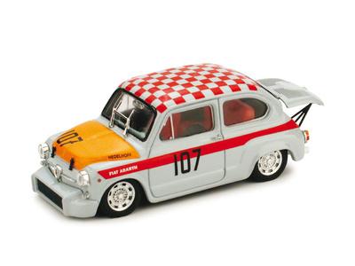 "Fiat Abarth 1000 Berlina Corsa ""500 Km Nurburgring"" nº 107 G. Edelhof (1967) Brumm 1/43"
