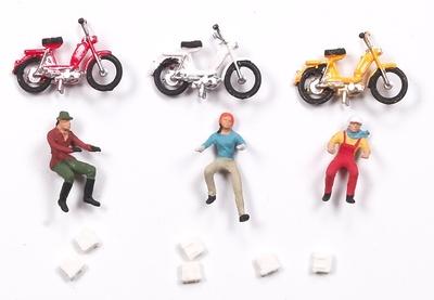 Figuras con ciclomotor Aneste 1/87