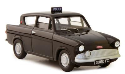 """Ford Anglia 105E """"Royal Ulster Police"""" Corgi 1/43"""