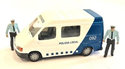 """Ford Transit """"Policia Municipal"""" con figuras Aneste 1/87"""