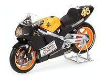 Honda NSR500 Testbike nº 46 Valentino Rossi (2000) Minichamps 1/12