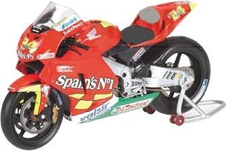 Honda RC211V nº 24 Toni Elias (2006) Minichamps 1/12