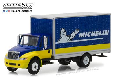 """International Durastar Flatbed """"Michelin"""" (2013) Greenlight 1/64"""