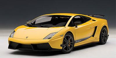 Lamborghini Gallardo LP570-4 Superleggera (2010) Autoart 1/18