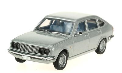 Lancia Beta Berlina (1972) Pego 1/43
