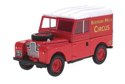 "Land Rover Serie I 88 ""Bertram Mills Circus"" (1960) Oxford 1/43"