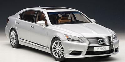 Lexus LS600hL (2013) Autoart 1/18