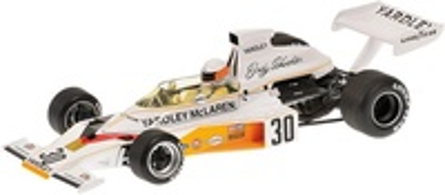 """McLaren M23 """"GP. Gran Bretaña"""" nº 30 Jody Scheckter (1973) Minichamps 1/18"""
