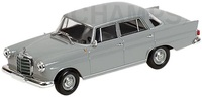 Mercedes 190 -W110- (1961) Minichamps 1/43