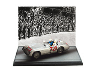 "Mercedes 300SLR 1° Mille Miglia nº 722 Moss-Jekinson ""llegada accidentada"" -W196- (1955) Brumm 1/43"