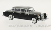 Mercedes 300d -W189- (1957) White Box 1/43