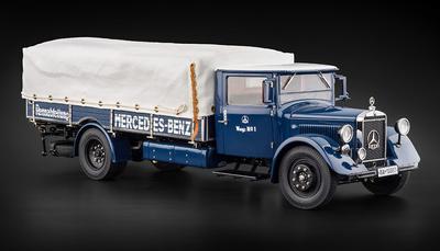 Mercedes Benz Racing Car Transporter LO 2750 (1934) CMC 1:18