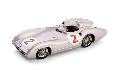 """Mercedes Benz W196C """"7º GP. Gran Bretaña"""" nº 2 Karl Kling (1954) Brumm 1/43"""